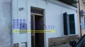 ORTONA CENTRO vendesi appartamento a piano terra con ingresso indipendente