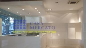 AFFITTASI LOCALE COMMERCIALE – PESCARA CENTRALISSIMO