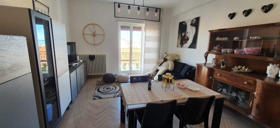 Elegante Appartamento di 135 mq ristrutturato