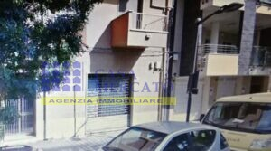 LOCALE COMMERCIALE Vendesi Pescara Via VESPUCCI