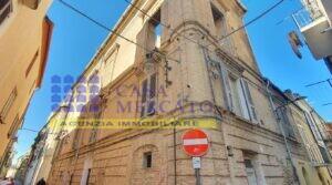 """S. Vito Chietino centro Palazzo storico """"Borga"""""""