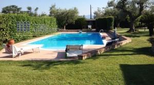 Lanciano, c/da Villa Elce, splendida villa di 300mq con piscina
