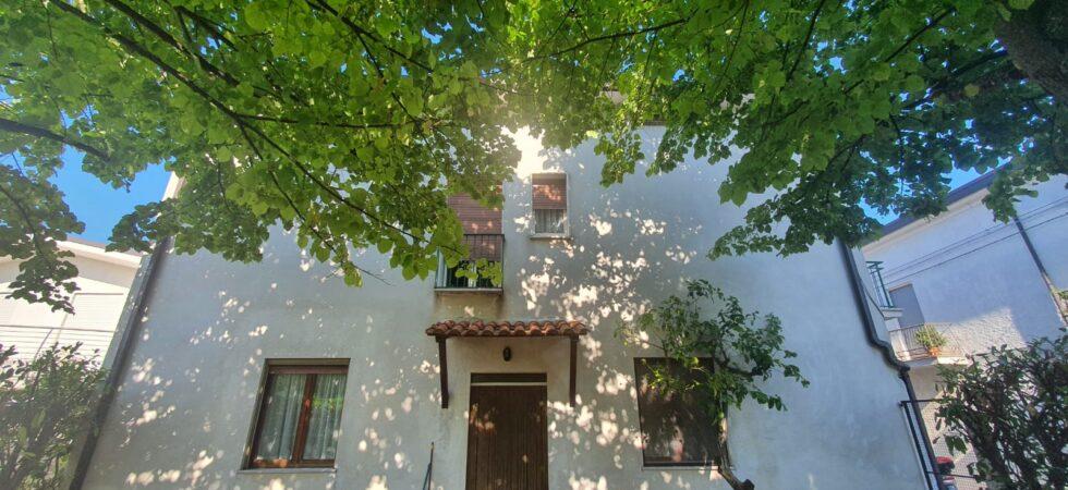Casa Singola di 240mq con giardino e terrazzo vista mare